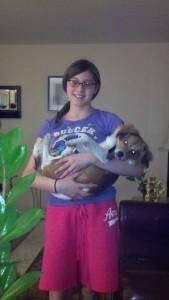 miliany_bonet_holding_dog