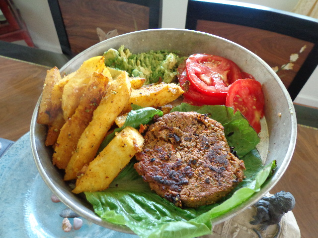 Sprouted black bean vegan veggie burger with jicama fries raw sprouted raw vegan black bean burgers with jicama or sweet pea fries forumfinder Images
