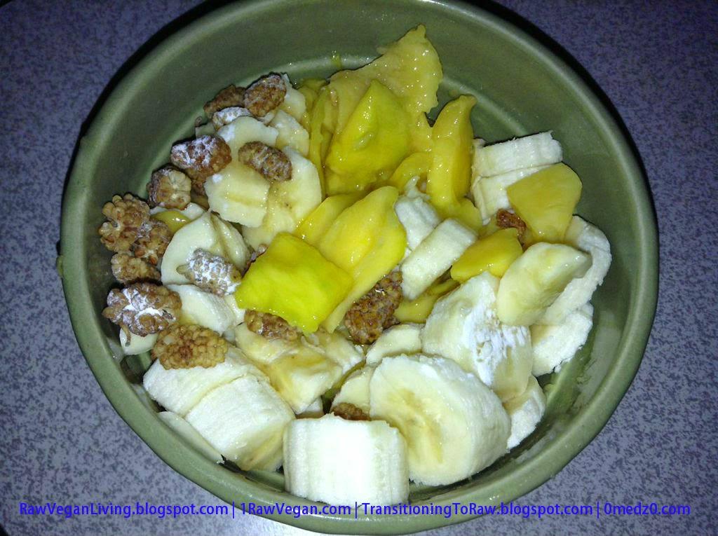mango-2Bberry-2Bfruit-2Bbowl