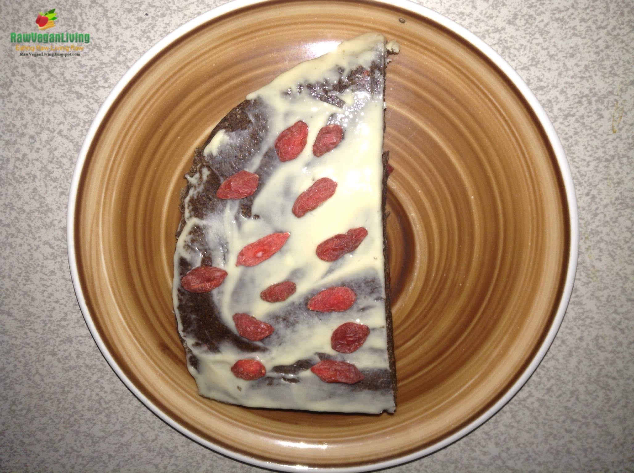 brownies_with_cashew_butter_goji_berries_topping