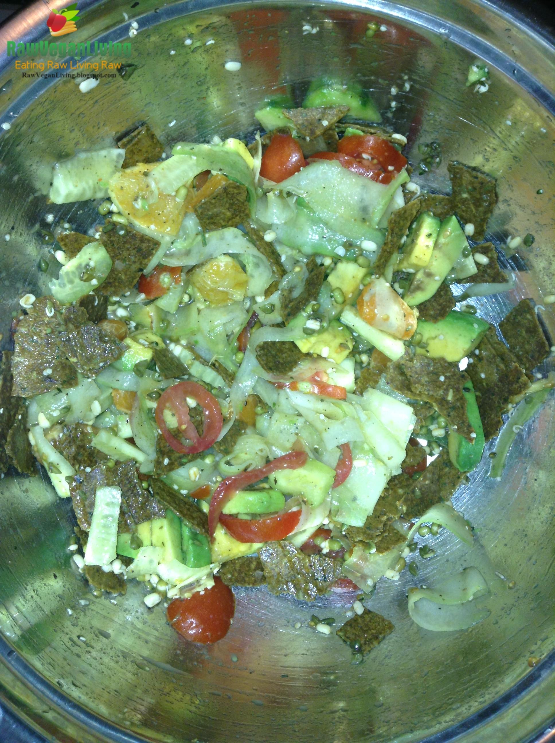 wrawP_noodle_salad