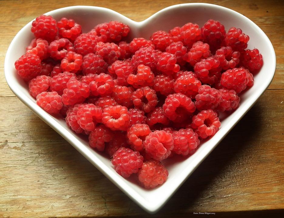 heart_raspberries